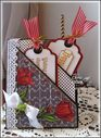 Pocket_card_for_Blog_Hop-_Chris-_Tulip_corner_and_tulip_tags.jpg