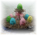 Easter_Centerpiece_with_Happy_Spring_and_Words_of_Faith_2.jpg